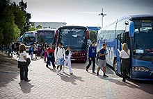 Autobuses escolares.  (Foto. F. Reyes)