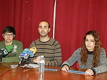Carlos Sánchez, junto a sus compañeros en rueda de prensa ayer
