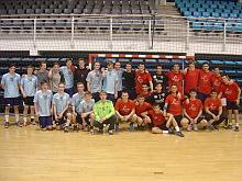 El C.B  Helsingor, jutno al equipo del C.B. Juvenil de Torrevieja