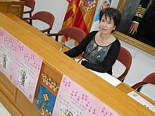 Inmaculada Montesinos, concejal de Tercera Edad, ayer durante la presentación del Programa