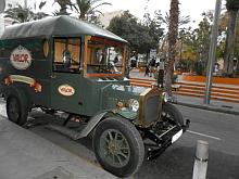 """El coche de """"Valor"""" réplica del original de 1920"""