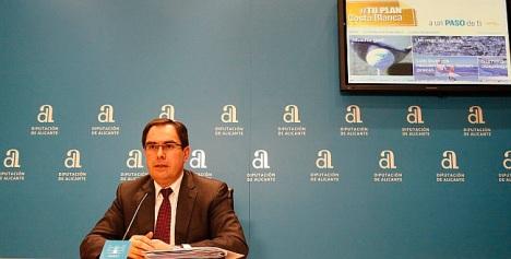 Albaladejo, en la presentación del plan