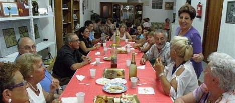 """Las Amas de Casa, cleebrando el """"Té de la Amistad"""" (Archivo 2011)"""