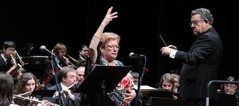 Maritere Sáez, la cantante torrevejense que participará en este espectacular concierto