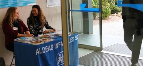 Mesa Informativa en Hall de Hospital de Torrevieja
