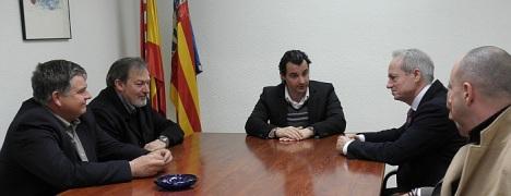 El alcalde reunido con el nuevo comisario provincial de extrajería