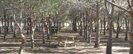 Lo Albentosa, esta situada en la pedanía de La Mata, junto a su cementerio municipal