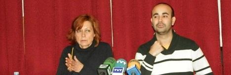 Dora Fernández y Carlos Sánchez, ayer en rueda de prensa