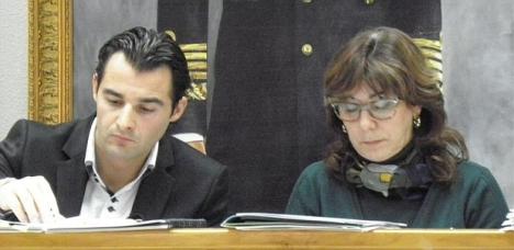 El alcalde Eduardo Dolón Sánchez y la Secretaria Pilar Vellisca Matamoros, en una imagen de archivo