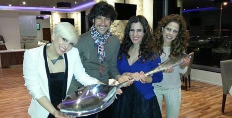 VÍDEO: Capòte de grana y oro, canta Manuel Lombo en el Auditorio Internacional de Torrevieja el día 13.4.2013
