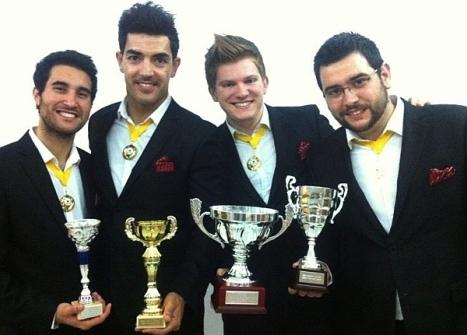 """El cuarteto """"Fourmidables"""" exhiben los trofeos obtenidos en Málaga"""