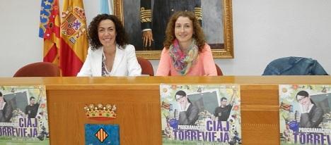 Rosario Martínez y Rosa Mª Lázaro durante la presentación, ayer, de la programación del CIAJ