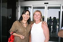 Silvia Ordiñaga junto a Agustina esteve, cocnejala de Comercio, de Torrevieja