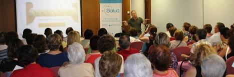 Momento de la charla en Rojales