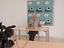 J.Manuel Dolón compadece ante la prensa