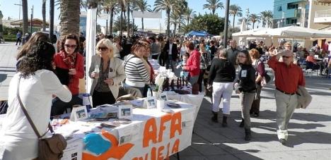 Asociaciones en el Día del Voluntariado (Archivo)