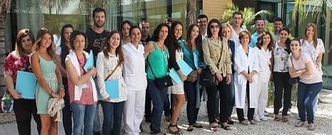 Profesionales de enfermaria en el hospital de Torrevieja