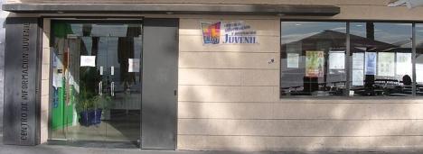 Fachada el CIAJ, en el Paseo Marítimo  Juan Aparicio - Torrevieja