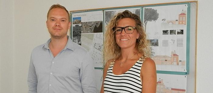 La arquitecta danesa, jutnoa su intérprete