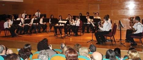 Gala fin de curso escuela de la UMT (Archivo)