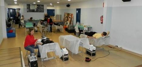 El Aula del CIAJ , se convierte en una clínica el día de las donaciones (Archivo)