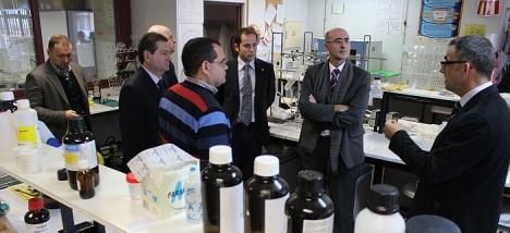 Pelayo Mellado, (centro)en una visita de trabajo en su época de director de Agamed