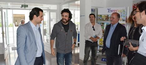 El cantante Huecco, ayer con el alcalde de Torrevieja, Eduardo Dolón