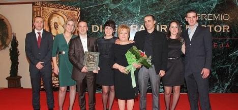 """La Familia de """"Mudopan"""", ganadora de la 42º Edición"""