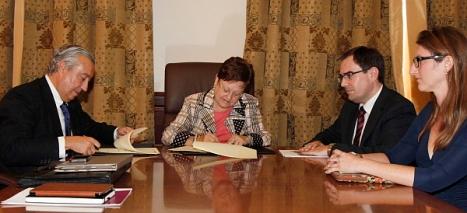 Firma Convenio de Renfe con el patronato de Turismo Costa Blanca
