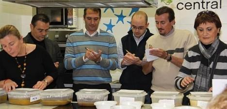 Celebración concurso pelotas de Navidad 2011