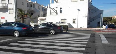 Paso de cebra en la Avda Desiderio Rodriguez, donde se han dado varios accidentes (Foto: Los Verdes)