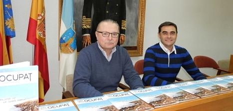 Jpsé A. Sánchez y Juan carlos, en la presentación del aGuía OCUPAT