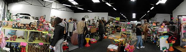 Si tiene objetos para vender de segunda mano visite aqu s objetivo torrevieja - Muebles de segunda mano torrevieja ...