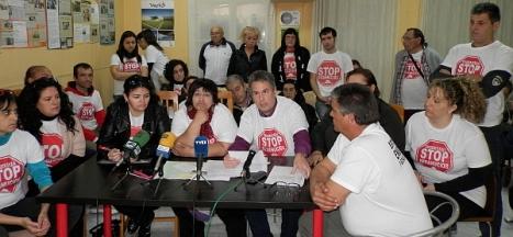Momento de rueda de prensa ofrecida ayer por afectados de Stop Desahucios