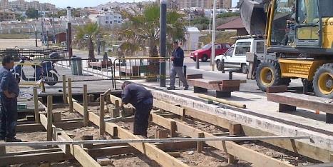 Actuaciones de reparación y mejora en las playas (Foto Ayto. Torrevieja)