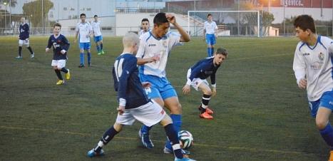 El club noruego entrenando en los campos de la ciudad deportiva
