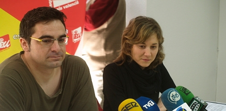 Marina Albiol y Víctor Ferrández, durante su comparecencia a la prensa ayer