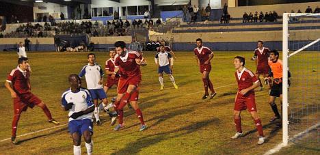 Twitwr del Club Pinchando aquí (FOTO: partido Torrevieja-Borriol del 24.11.2013)