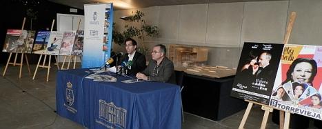 Luis María Piza y Manuel Esteban Moreno, en el momento d ela presentación ayer de la Agenda Cultural de Primavera
