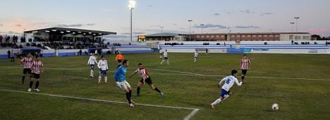 Imagen de partido Torrevieja-Acero del 13.2.2013 (J.Carrión)