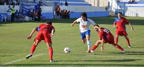 Imagen del partido del Torrevieja-Saguntino del 7 de Octubre de 2012 que acabó con victoria del Torrevieja por 2-1 (J.Carrión)