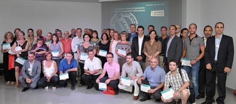 """Imagen de archivo con los primero comerciantes participantes en el program """"Green Comercce"""" de Torrevieja"""