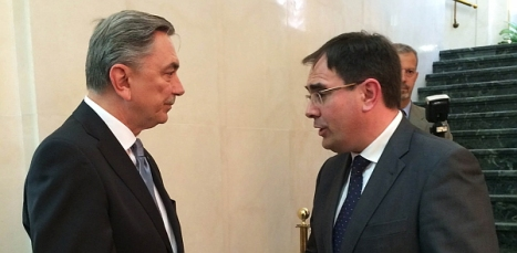El diputado provincial de Turismo con el embajador ruso en España