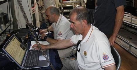 Radiaficionados transmiten desde el Submarino Delfín (Archivo O.T.)