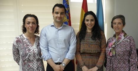 Rosario Martínez, el Alcalde, Eduardo Dolón, Carmen Moreno y la directora del Colegio La Purísima Angelitas