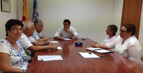 Miembros del P.I. Casagrande con el alcalde y concejales