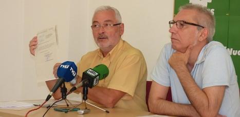 Representantes de  Los Verdes en la rueda de prensa de ayer