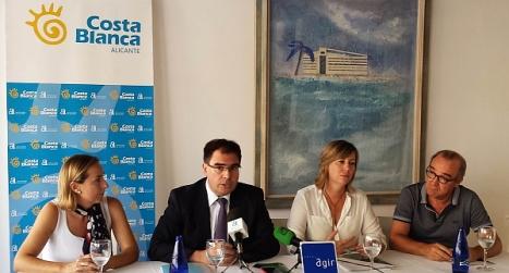El Diputado Provincial de Turismo Joaquín Albaladejo, ayer en rueda de pensa