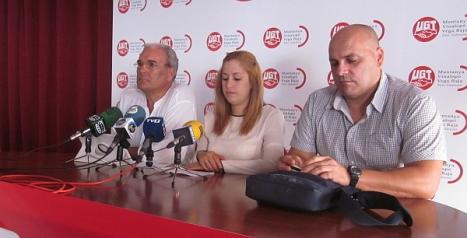 Ángel Sáez y con representantes de Musumar