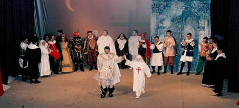 Representación de Don Juan Tenorio en el Nuevo Cinema, en Noviembre de 1993 (Foto cedida por Matías Antón)